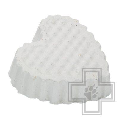 Beeztees Камень для грызунов белый в форме сердца